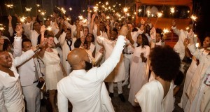 guests-brandish-sparklers-in-new-orleans