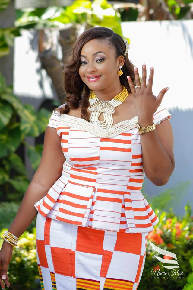 From kente to palettes orange and white wedding for Traditional wedding dress styles