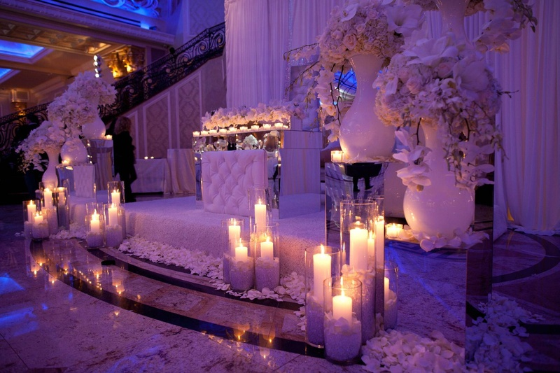 DECOR THEMES: WHITE & GOLD WITH A SPLASH OF PURPLE LIGHTING – I do ...