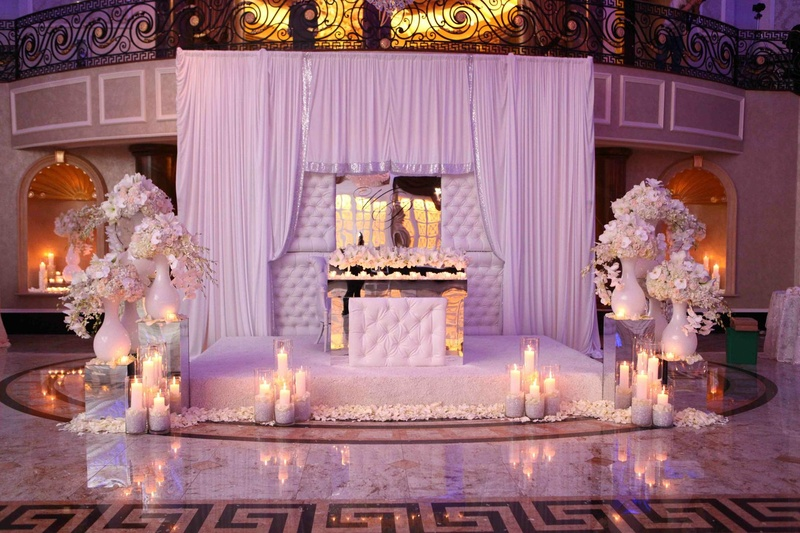Decor Themes White Gold With A Splash Of Purple Lighting