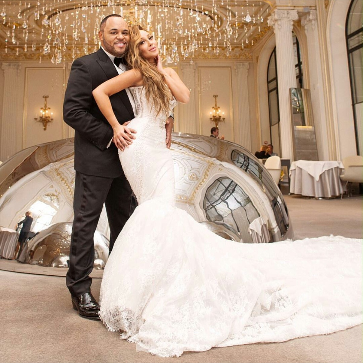 Adrienne bailon israel houghton tie the knot in a for Ryan and walter wedding dress prices