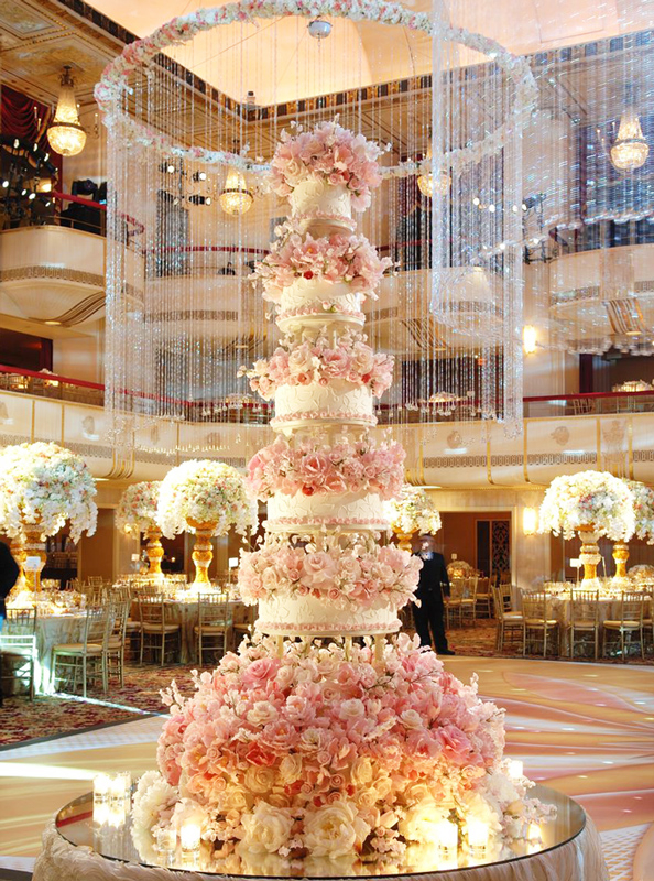 Gateau Wedding Cake Foot Lens