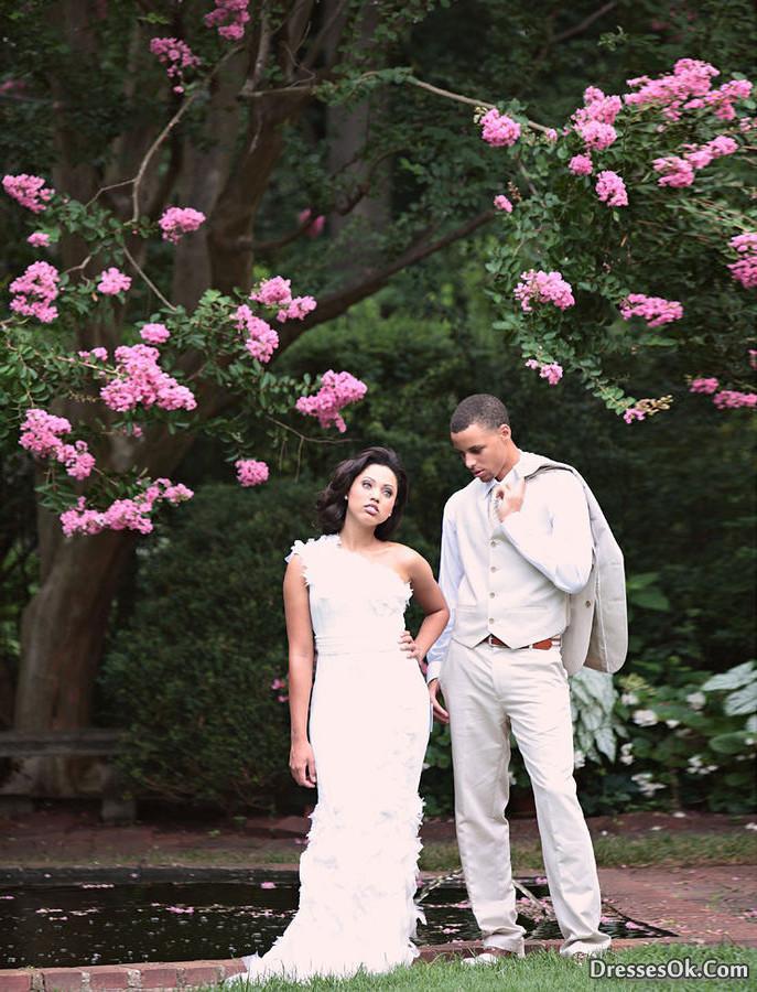 Stephen curry girlfriend ayesha alexander wedding dress 3 i do ghana stephen curry girlfriend ayesha alexander wedding dress 3 junglespirit Gallery